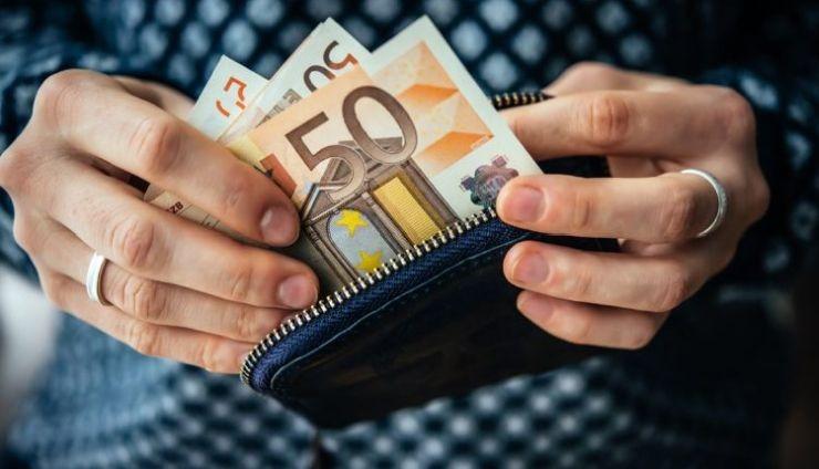 Τα 8 μέτρα του φορολογικού νομοσχεδίου κατά των μετρητών
