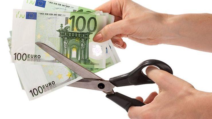 Τι προβλέπει η νέα εγκύκλιος της ΑΑΔΕ για τη διαγραφή χρεών