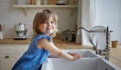 dbc4f82ccc78 KIDOT Faces  Πως βοηθάμε τα παιδιά να χτίσουν αυτοεκτίμηση  (video)